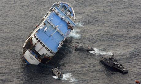 Les naufrages et les crash dans la Marine Passen10