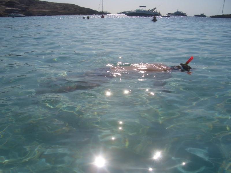 El primer baño de la temporada 2009 Canari25