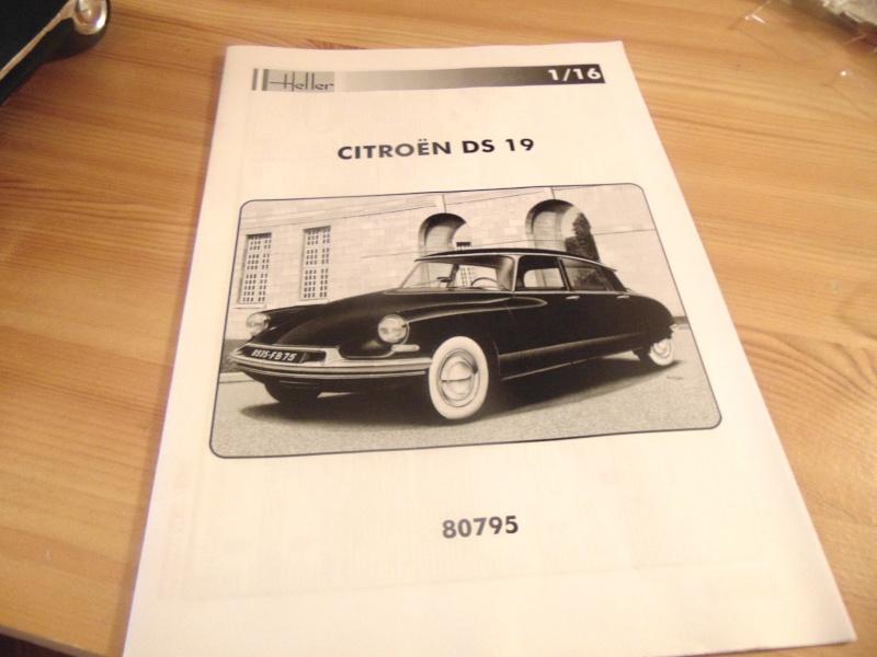 coffret 60 ans citroen ds  revue de kit Dsc03712