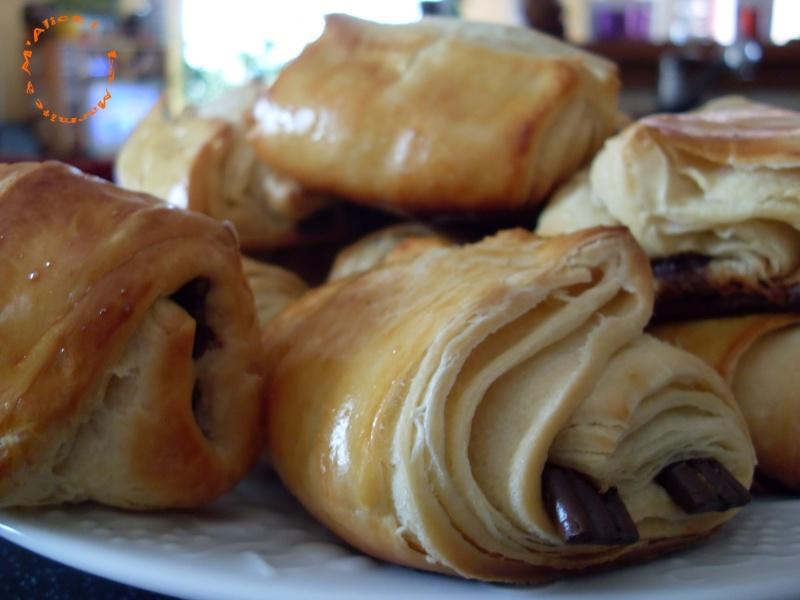 feuilletée - Ma première pâte feuilletée, mes premiers pains au chocolat ! Pains_11
