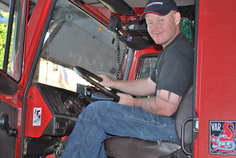 Solidarité Famille des pompiers tués : REMISE DE DONS 2009 Dsc_0013