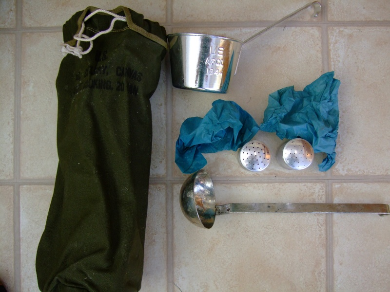 [REF] Outfit, Cooking Small Detachment 04410