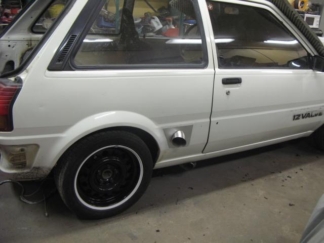 "Golden Boy - Toyota Starlet ""Starvo"" RWD - Sida 16 Bur_sl12"
