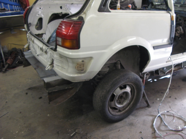 "Golden Boy - Toyota Starlet ""Starvo"" RWD - Sida 3 Korta_41"
