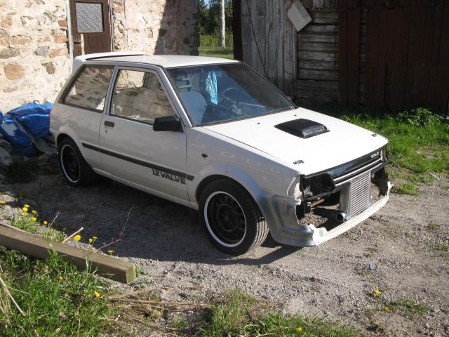 "Golden Boy - Toyota Starlet ""Starvo"" RWD - Sida 10 Korta_61"