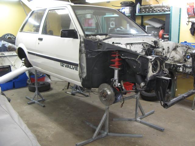 Golden Boy - Toyota Starlet Turbo 2009 - Sida 4 Tank_712