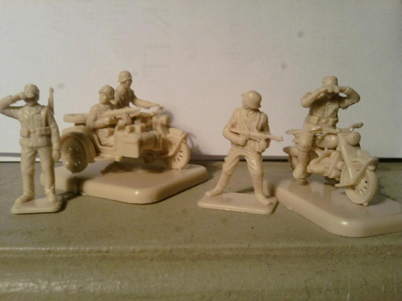 Couleurs pour peindre motocycles,moto et soldats allemand. Sp_a0010