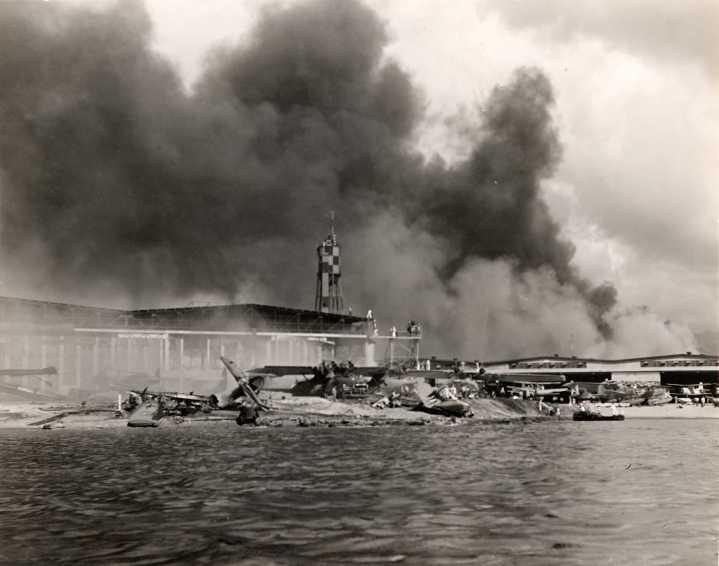 PEARL HARBOUR - 7 DECEMBRE 1941 Att00019