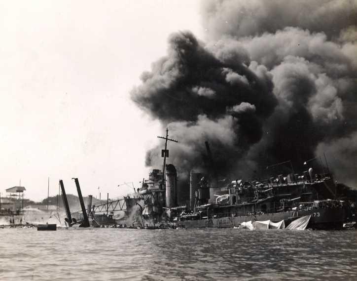PEARL HARBOUR - 7 DECEMBRE 1941 Att00022