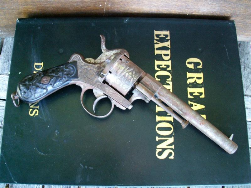 Revolver EL couronné Pict0111