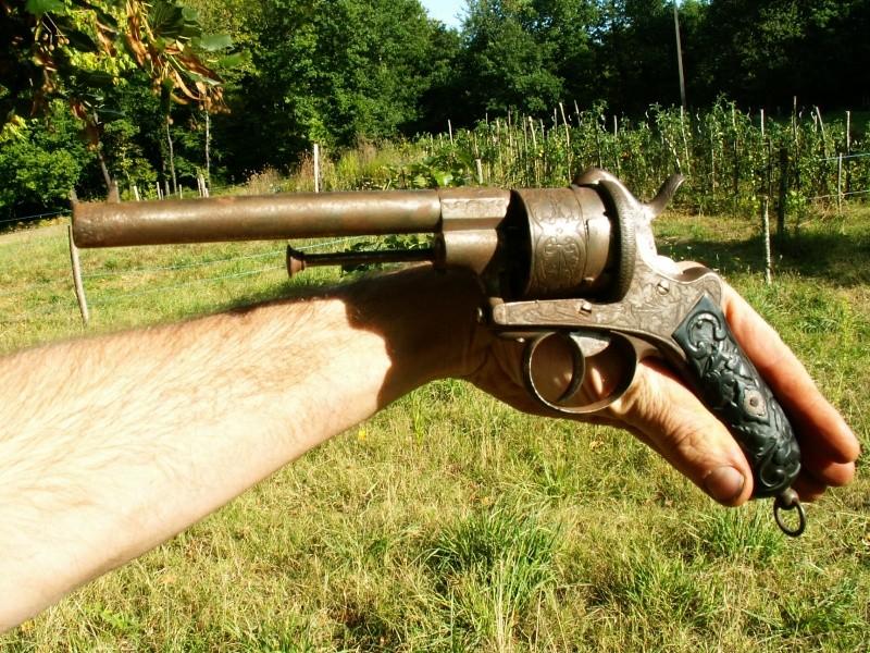 Revolver EL couronné Pict0112