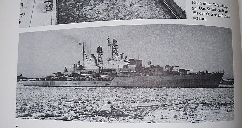 Schulschiff Deutschland 1:250 WHV/Möwe - Verlag FERTIG 0310