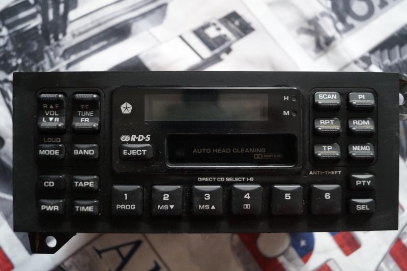 Poste radio cassetteS d origine voyager s3  _dsc3511