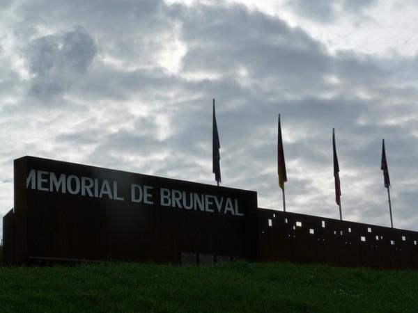 Le raid de Bruneval par MILLET et BUCOURT Brunev10