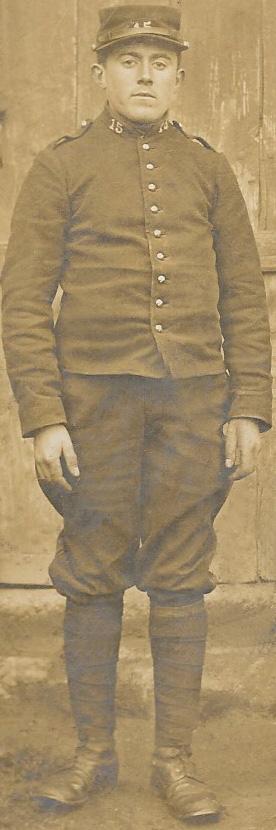 Un petit soldat de la grande guerre : portrait retouché. - Page 10 Dauver10