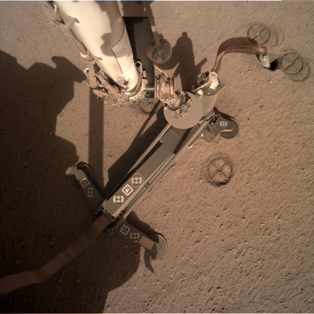InSight - Mission d'exploration sur Mars - Page 20 65999311