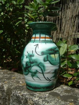 Tintagel pottery Cornwall Tint110