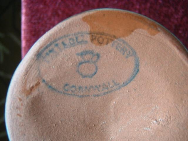 Tintagel pottery Cornwall Tint210