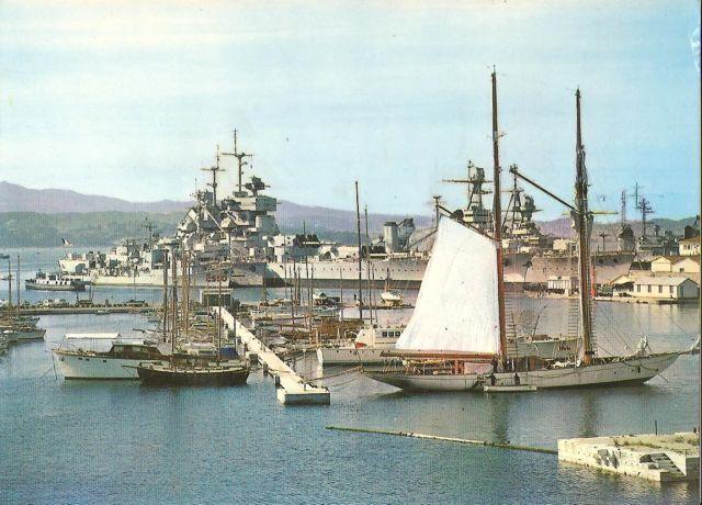 [Les ports militaires de métropole] TOULON au début des années 60 - Page 3 Yachts10
