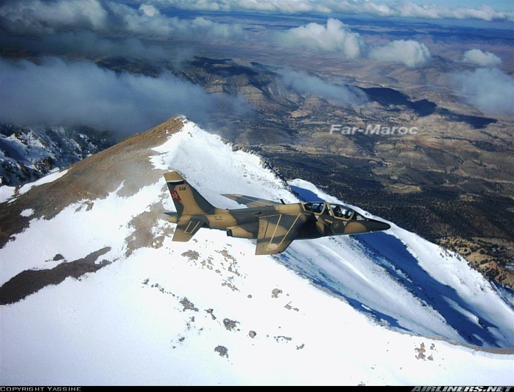 FRA: Photos avions d'entrainement et anti insurrection - Page 3 09813811