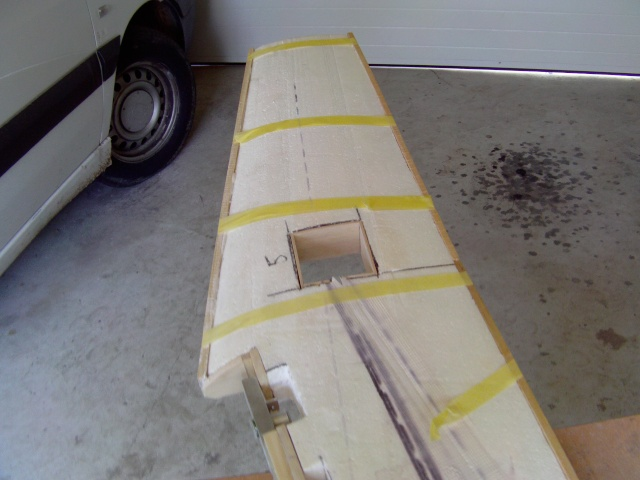 Construction du Fockewul 190 de Karl Achenbach - Page 4 Imag0064