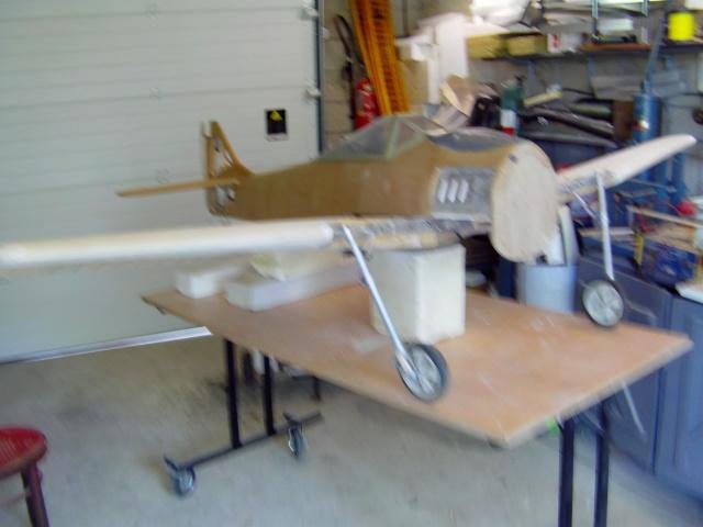 Construction du Fockewul 190 de Karl Achenbach - Page 4 Imag0141