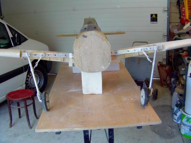 Construction du Fockewul 190 de Karl Achenbach - Page 4 Imag0142