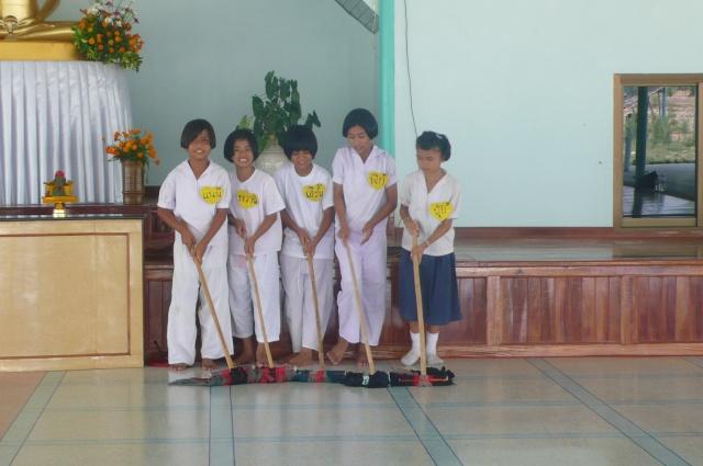 โรงเรียนบ้านหนองแร้ง-บ้านจังเกา P1190815