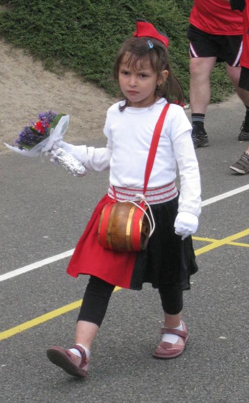 Photo Défilé TOURNOI FEDERAL 2009 - Page 2 Athies10