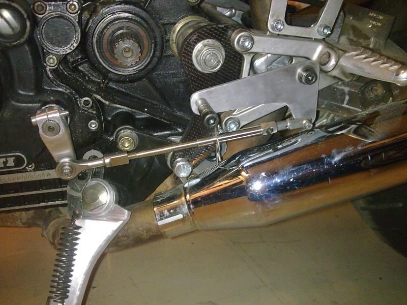 Reconstruction de ma 900ss-->transfo en Dirt Fighter P 15 ! - Page 5 Photo021