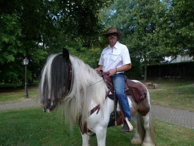 Une photo de vous et votre cheval - Page 4 P1050310
