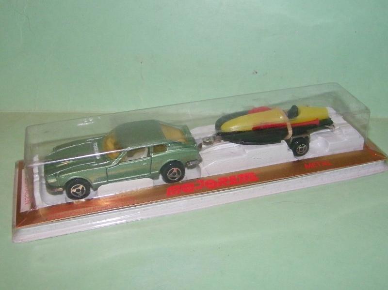 N°363 DATSUN 260Z + RACER 100e4711