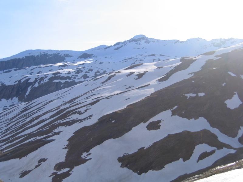Pointe Nord de Bézin à skis, dimanche 14 juin 2009 2009_036