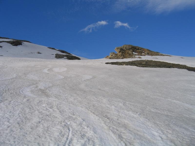 Pointe Nord de Bézin à skis, dimanche 14 juin 2009 2009_037