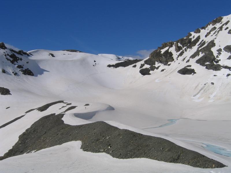 Pointe Nord de Bézin à skis, dimanche 14 juin 2009 2009_047