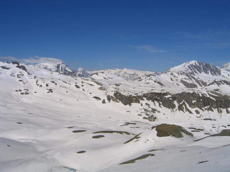 Pointe Nord de Bézin à skis, dimanche 14 juin 2009 2009_050