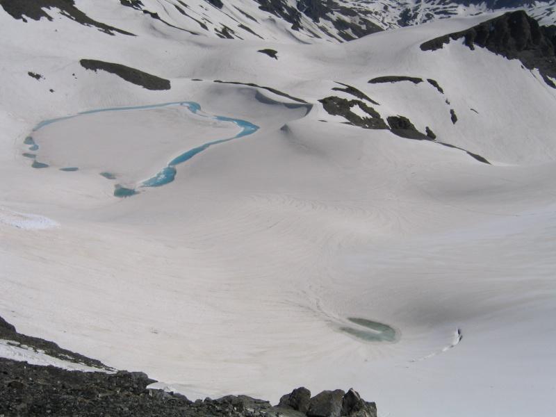 Pointe Nord de Bézin à skis, dimanche 14 juin 2009 2009_052