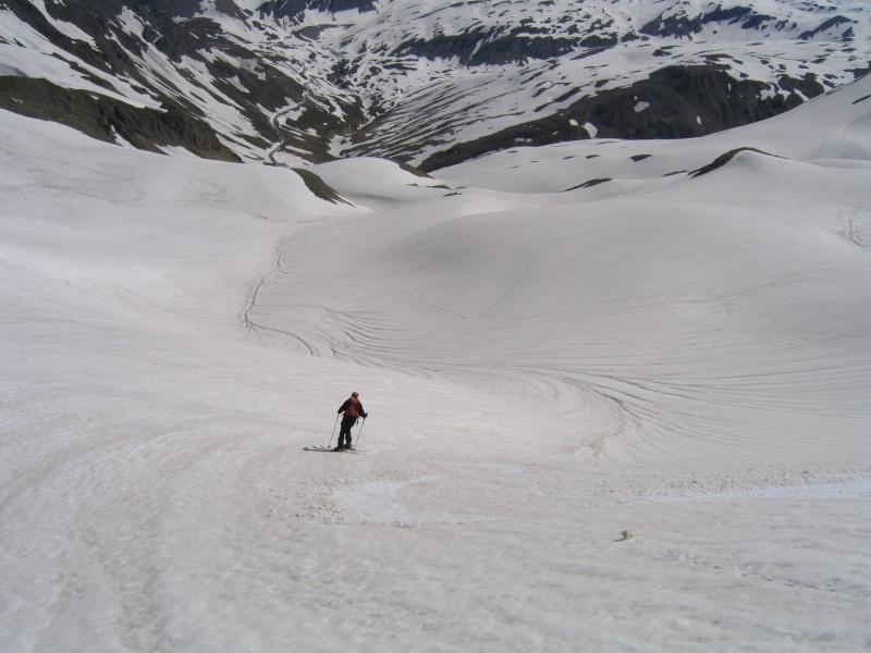 Pointe Nord de Bézin à skis, dimanche 14 juin 2009 2009_058