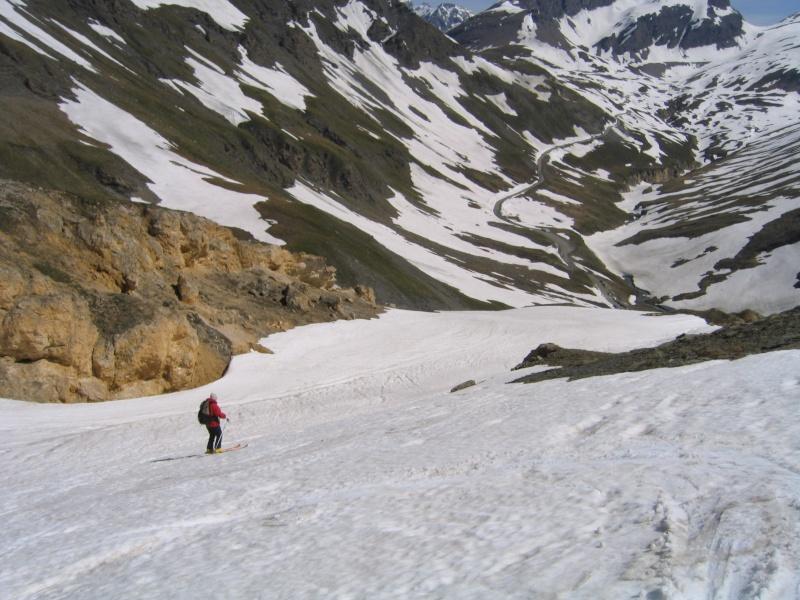 Pointe Nord de Bézin à skis, dimanche 14 juin 2009 2009_059