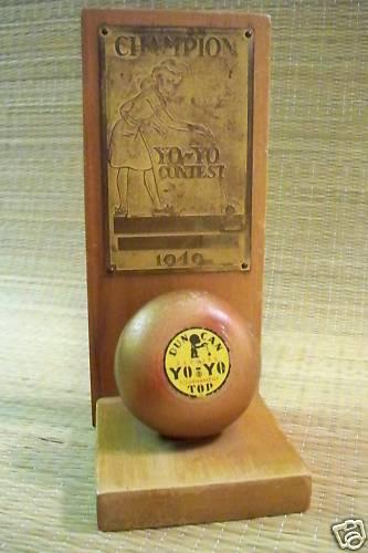 1949 DUNCAN YO-YO Contest Champion Trophy Bdee7f10