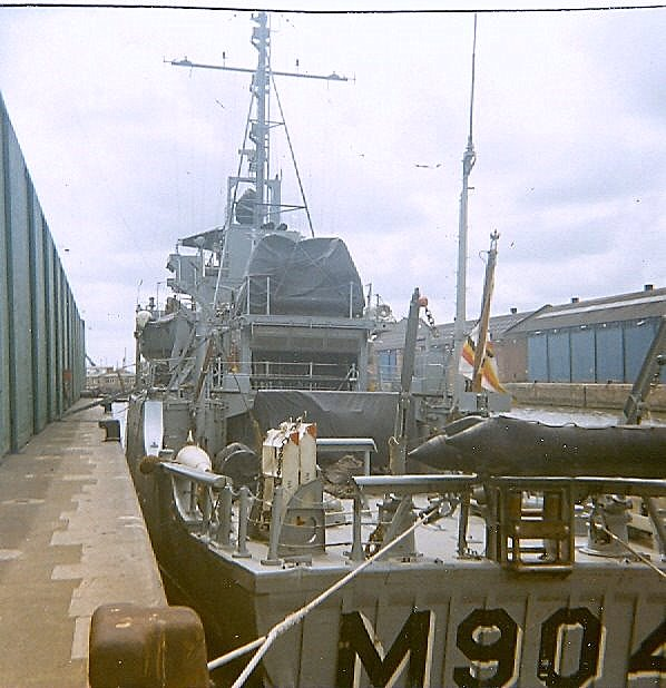 M904 DE BROUWER Gp910