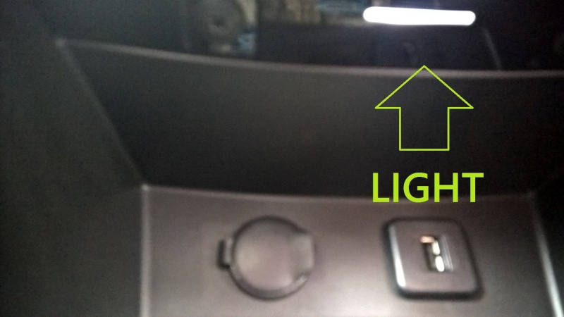 Front footwell & centre lower console box lights Consol10