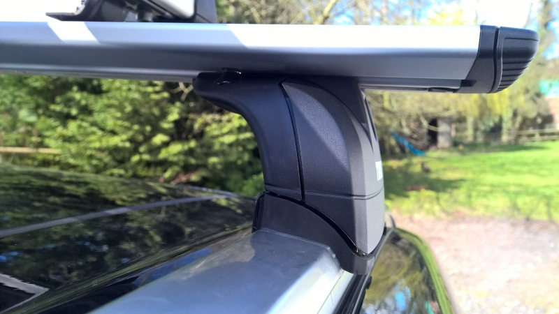 Roof bars  - Page 2 Thule_13