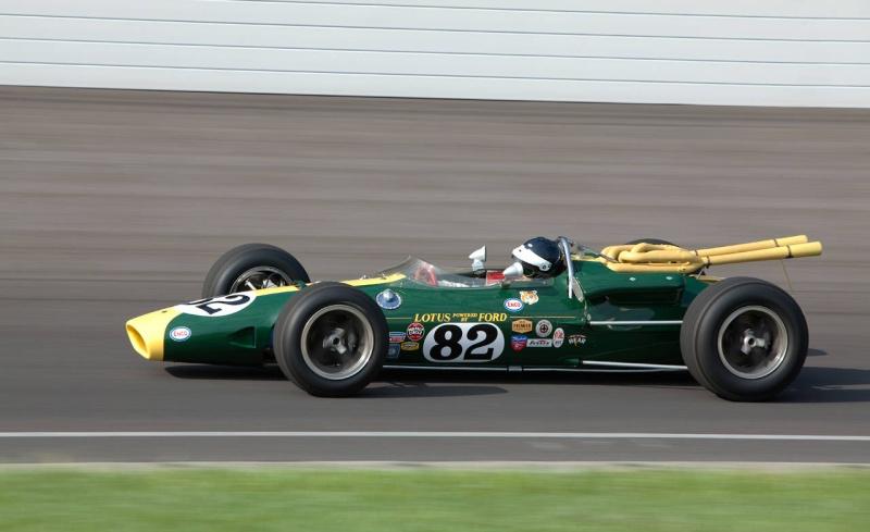 Lotus 38 - vincitrice Indy 1965 Lotus_11