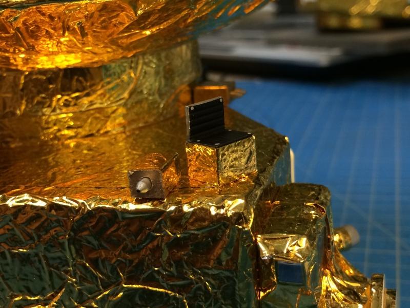 Réaliser une protection de satellite en maquette? Img_0310