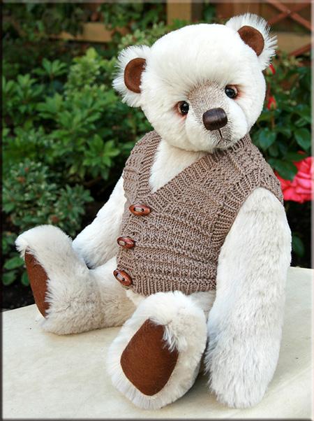 Bernard, my latest bear Bernar11
