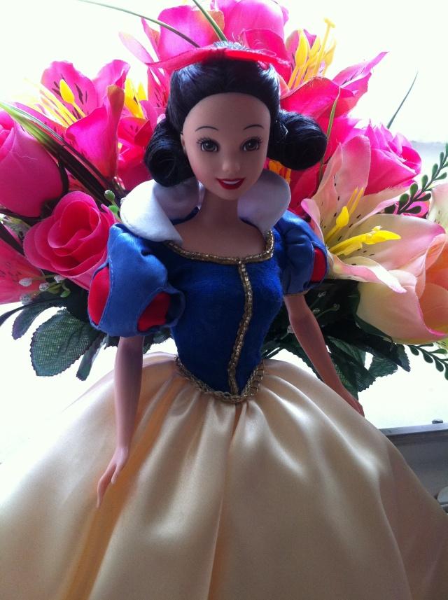 Ma collection des poupées des films de DISNEY - Page 6 Img_1111