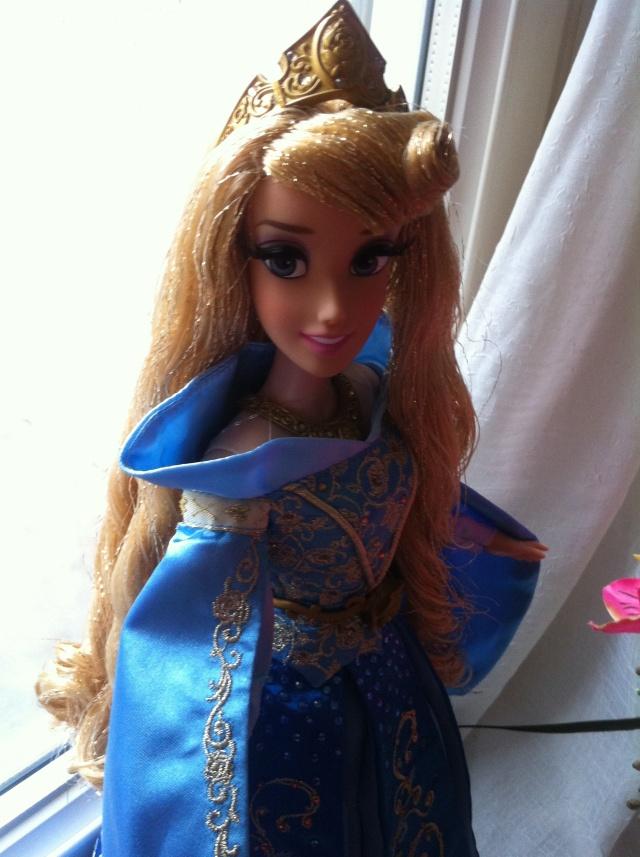 Ma collection des poupées des films de DISNEY - Page 6 Img_1620