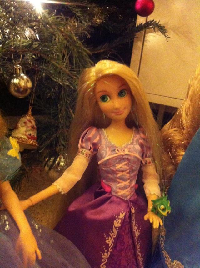 Ma collection des poupées des films de DISNEY - Page 6 Img_8528