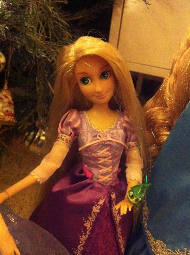 Ma collection des poupées des films de DISNEY - Page 6 Img_8529
